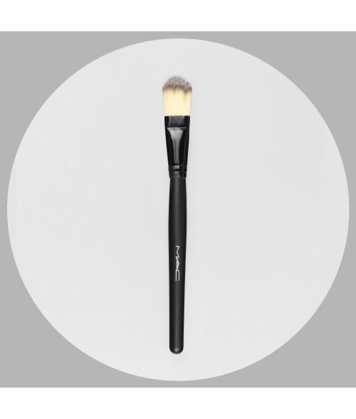 Cosmetic eye brushes 18